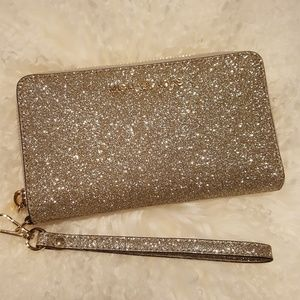 NWT Michael Kors LG wallet phone case gold clutch